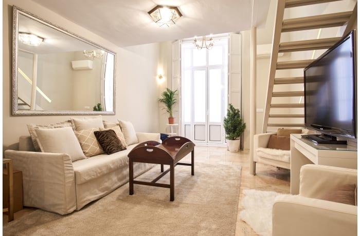 Apartment in Pajaritos Palace, City center - 2