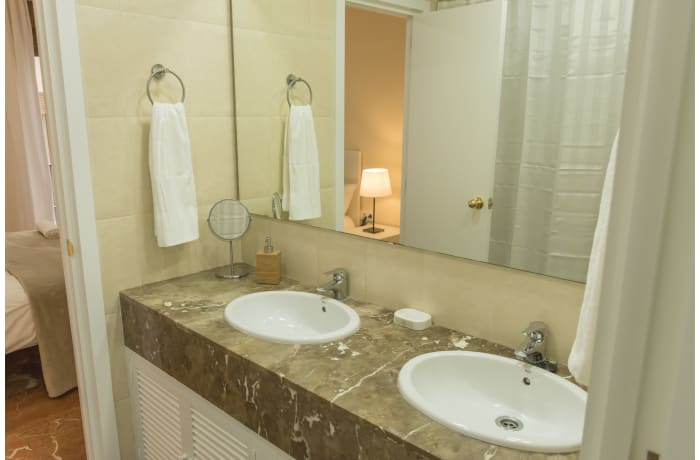 Apartment in San Isidoro Central Deluxe, City center - 9