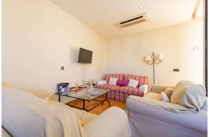 Apartment in Alcazar Pool Villa, San Bernardo - 2