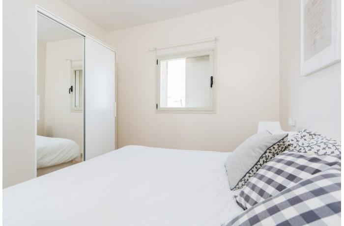 Apartment in Ben Yehuda Duplex, Central Beach Area - 13