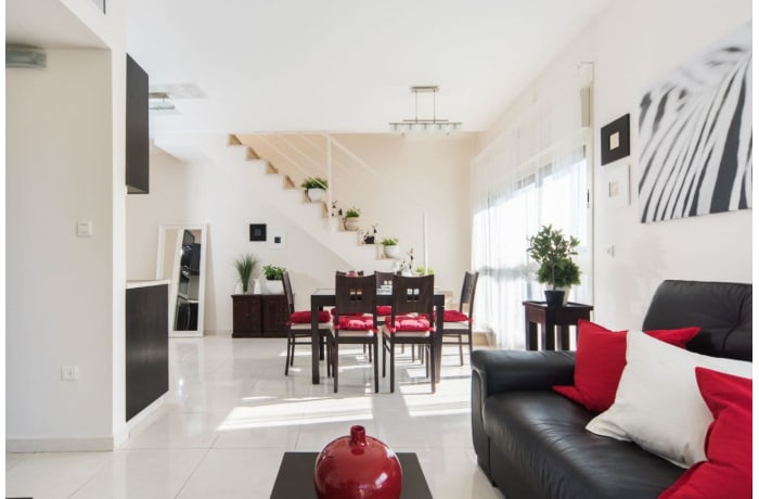 Apartment in Ben Yehuda Duplex, Central Beach Area - 7
