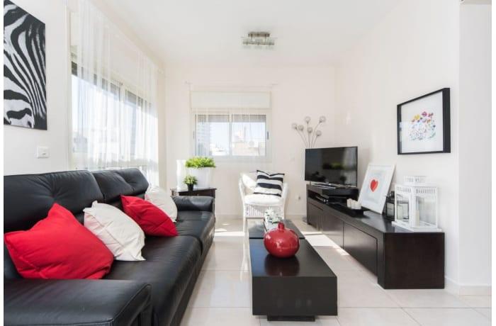 Apartment in Ben Yehuda Duplex, Central Beach Area - 2