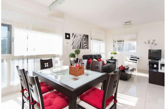 Apartment in Ben Yehuda Duplex, Central Beach Area - 3