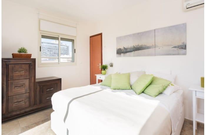 Apartment in Ben Yehuda Duplex, Central Beach Area - 10