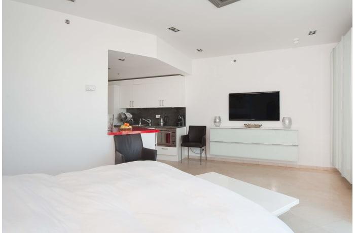 Apartment in Bugrashov Sea View, Central Beach Area - 5