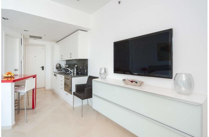 Apartment in Bugrashov Sea View, Central Beach Area - 2