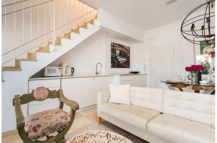 Apartment in Dizengoff Retreat, Central Beach Area - 10