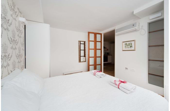 Apartment in Gordon Haven I, Central Beach Area - 8