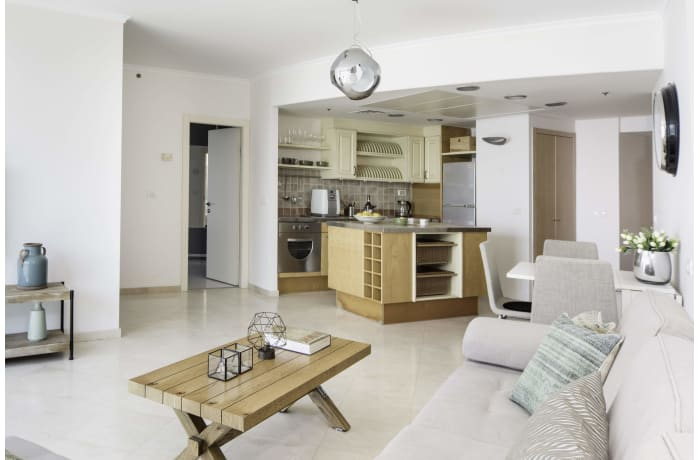Apartment in Hayarkon Beach Front, Central Beach Area - 2