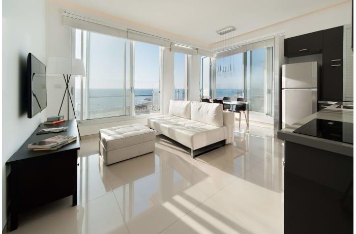 Apartment in Hayarkon Shore, Central Beach Area - 1