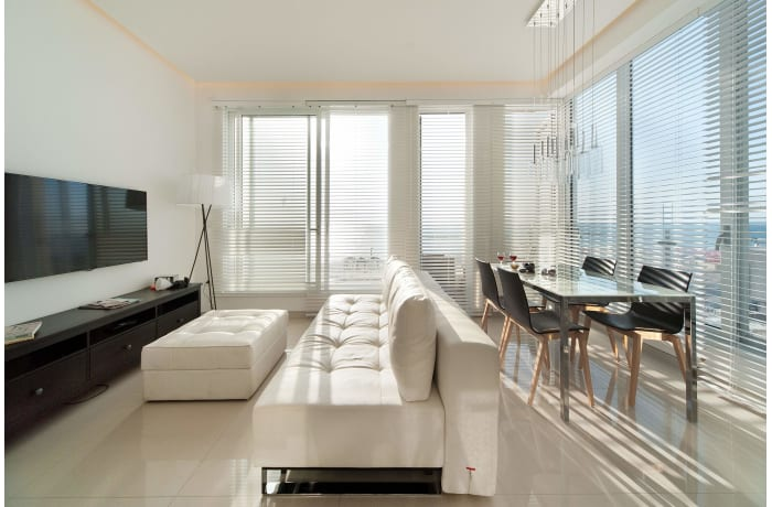 Apartment in Hayarkon Shore, Central Beach Area - 4
