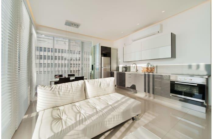 Apartment in Hayarkon Shore, Central Beach Area - 2