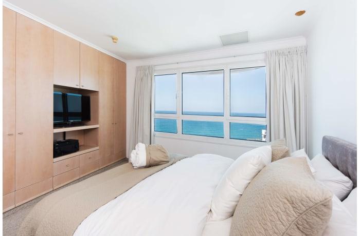 Apartment in Hayarkon Summer Magic, Central Beach Area - 8