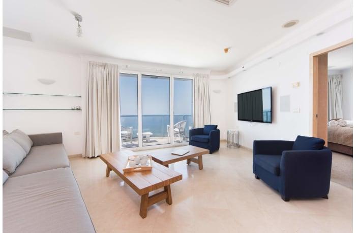Apartment in Hayarkon Summer Magic, Central Beach Area - 2