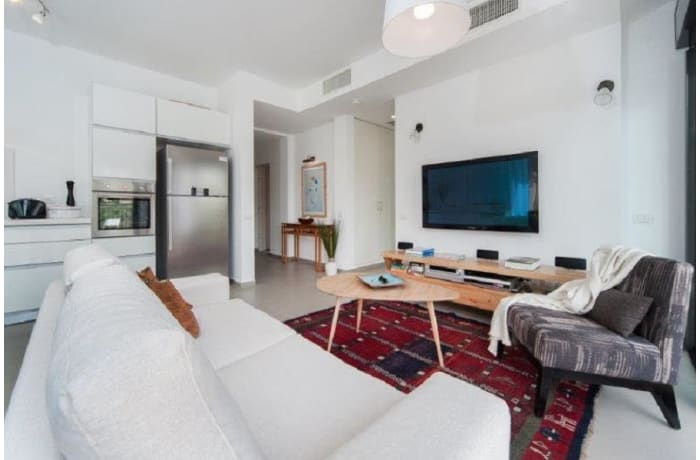 Apartment in Rothschild Quarter, Central Beach Area - 11