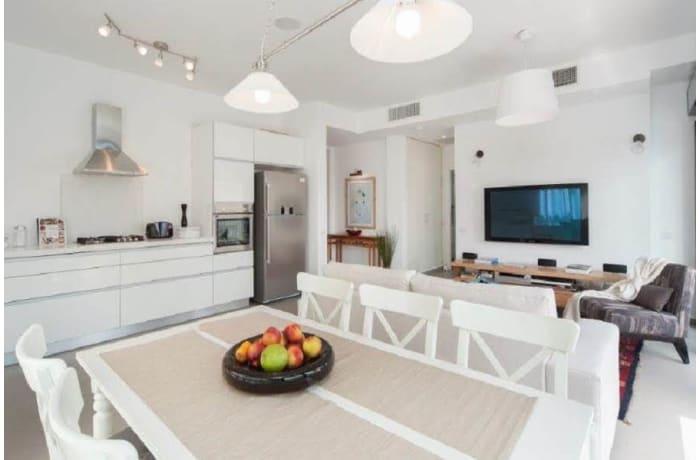 Apartment in Rothschild Quarter, Central Beach Area - 4