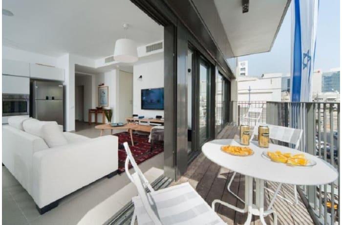 Apartment in Rothschild Quarter, Central Beach Area - 12