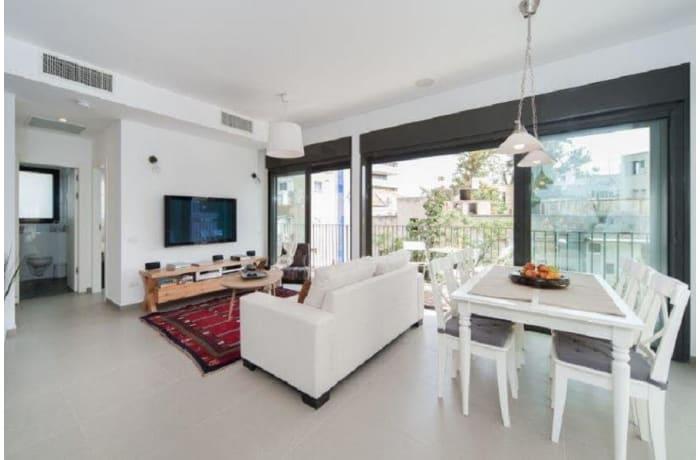 Apartment in Rothschild Quarter, Central Beach Area - 1