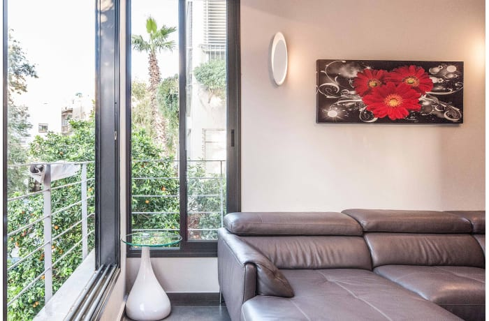 Apartment in Sirkin, Central Beach Area - 3