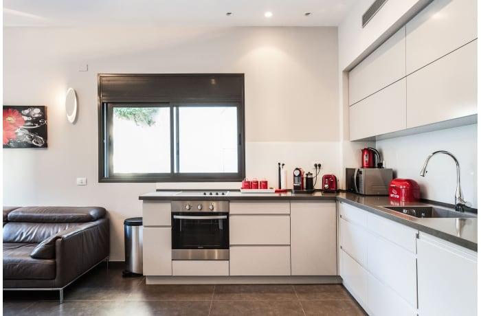 Apartment in Sirkin, Central Beach Area - 6