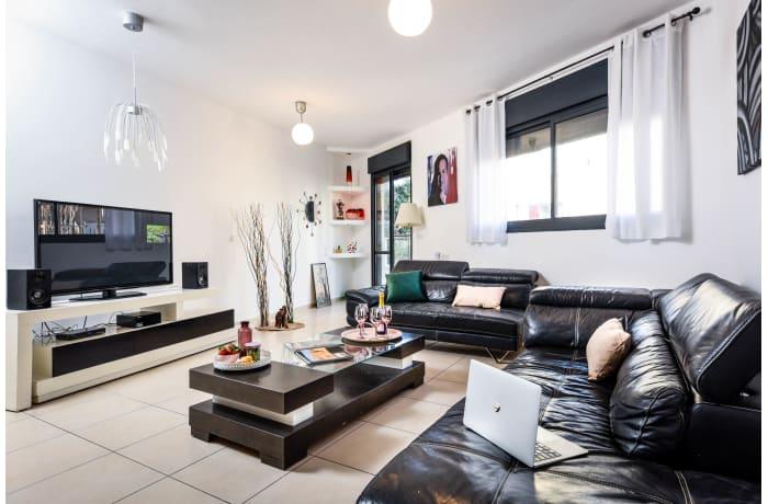 Apartment in Bar Kochva, Central Beach Area - 1
