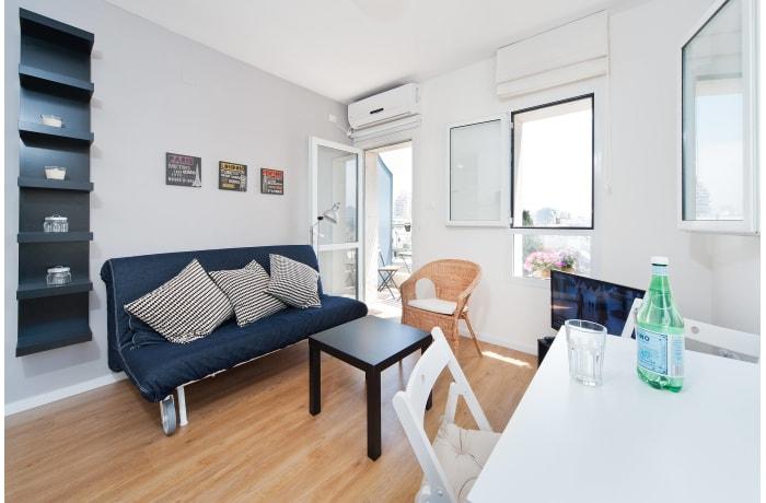 Apartment in Ben Yehuda Beachfront, North Beach Area - 5