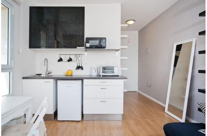 Apartment in Ben Yehuda Beachfront, North Beach Area - 4