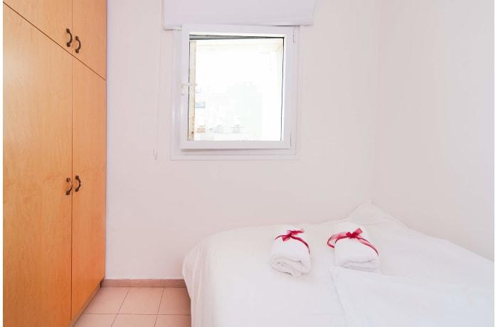 Apartment in Ben Yehuda Beachfront, North Beach Area - 8