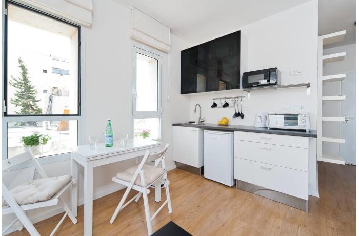 Apartment in Ben Yehuda Beachfront, North Beach Area - 14