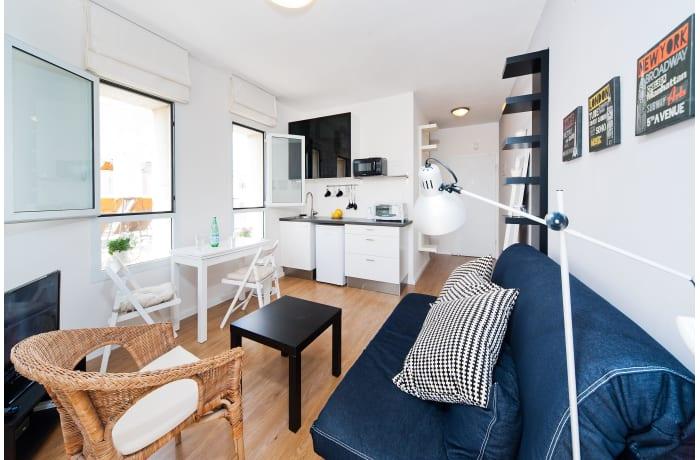 Apartment in Ben Yehuda Beachfront, North Beach Area - 0