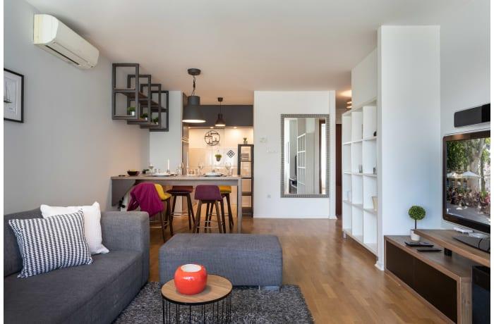 Apartment in Radnicka ZG35, Kanal - 0