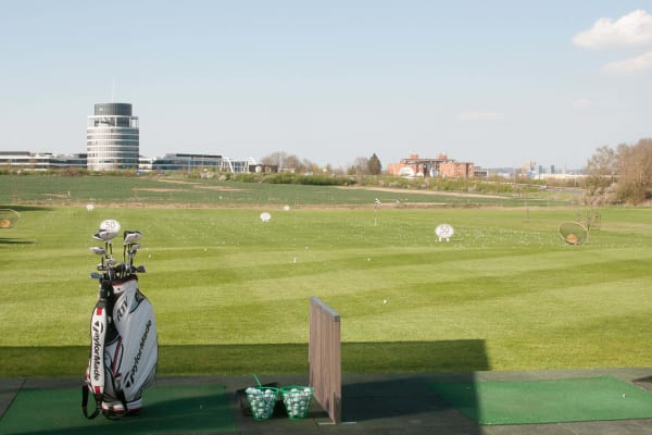 Lux Golf Center in Luxembourg City - Swiftr partner
