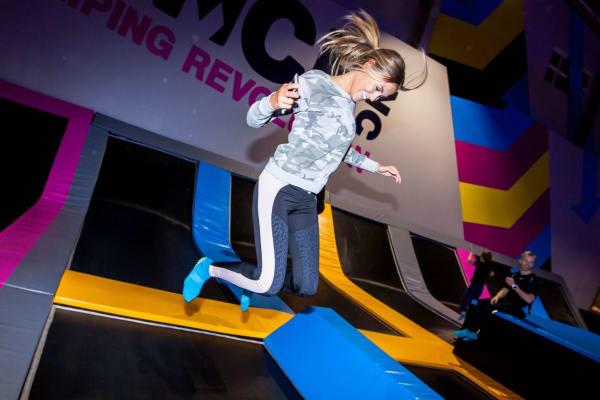 Bounce trampolinpark - Stockholm - Swiftr partner