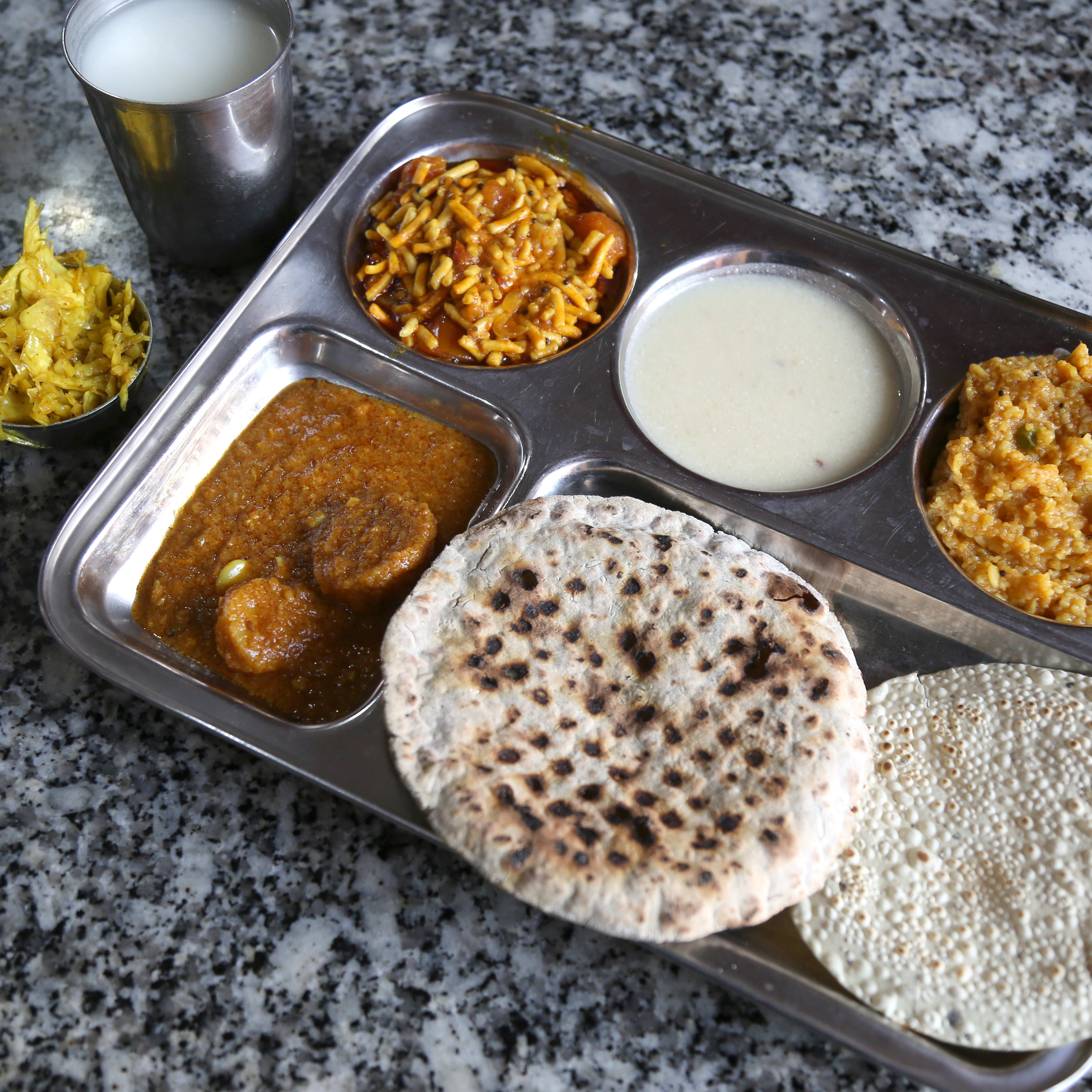 Pet Pooja Kathiyawadi   Home delivery   Order online   Mandvi Mandvi