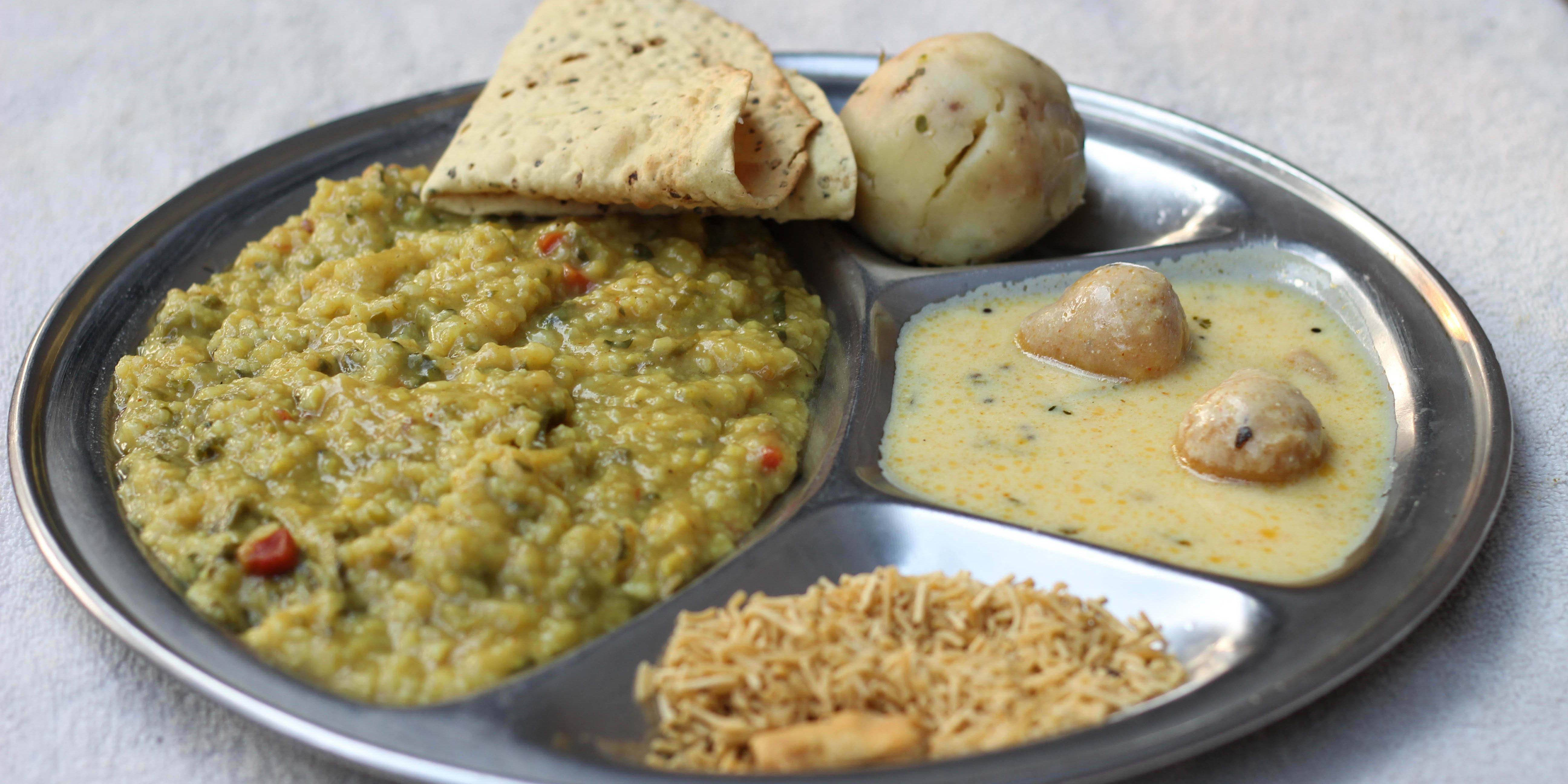 Pooja Snacks   Home delivery   Order online   Near Girish Park
