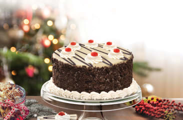 Serves 6 BESTSELLER Caribbean Cookie Castle Ice Cream Cake