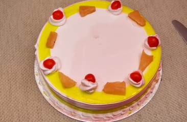Pineapple Delight Cake Half Kg
