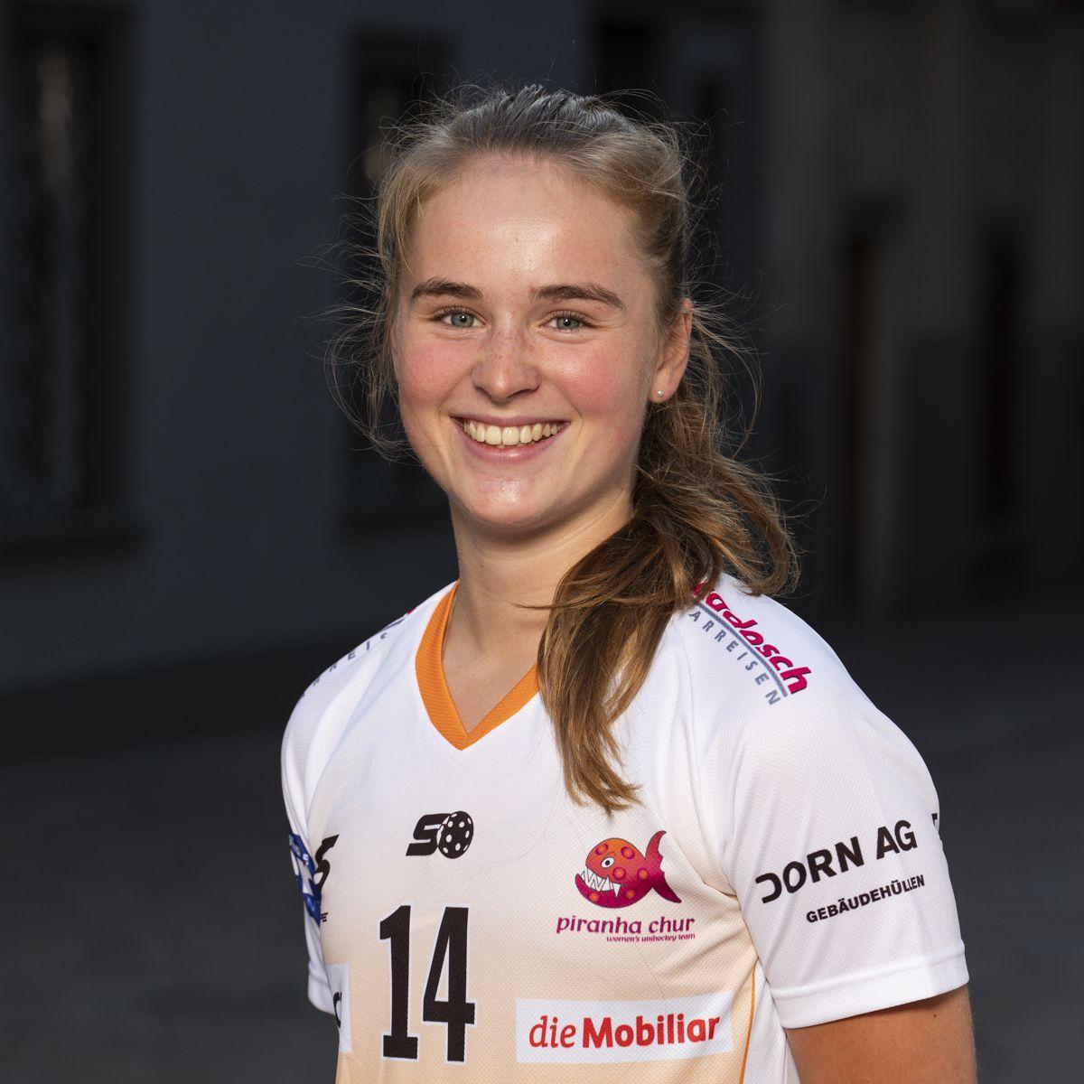 Pascale Huber #14_NLA_piranha Chur_Saison 2019-2020_1200x1200_01.jpg