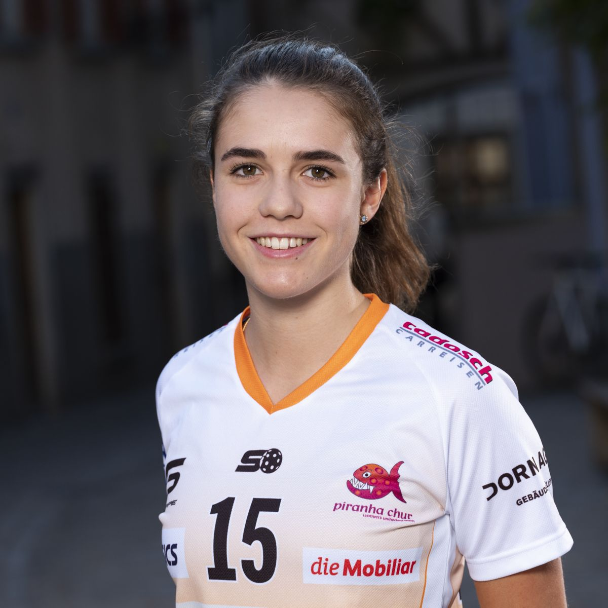 Livia Danuser #15_NLA_piranha Chur_Saison 2019-2020_1200x1200_01.jpg
