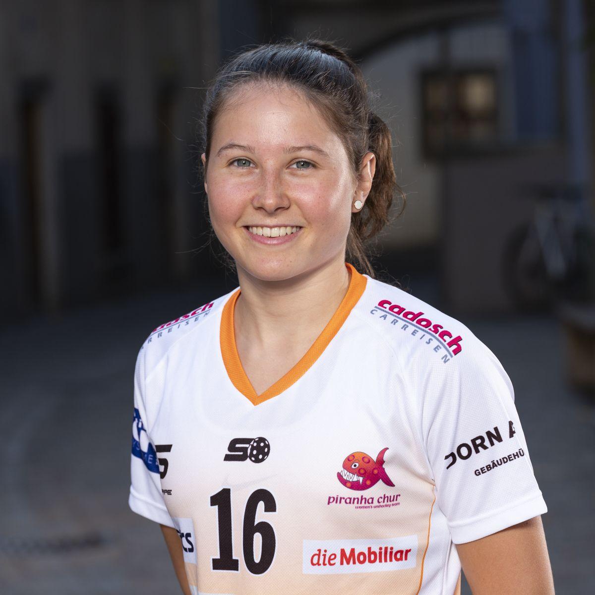 Nicole Capatt #16_NLA_piranha Chur_Saison 2019-2020_1200x1200_01.jpg