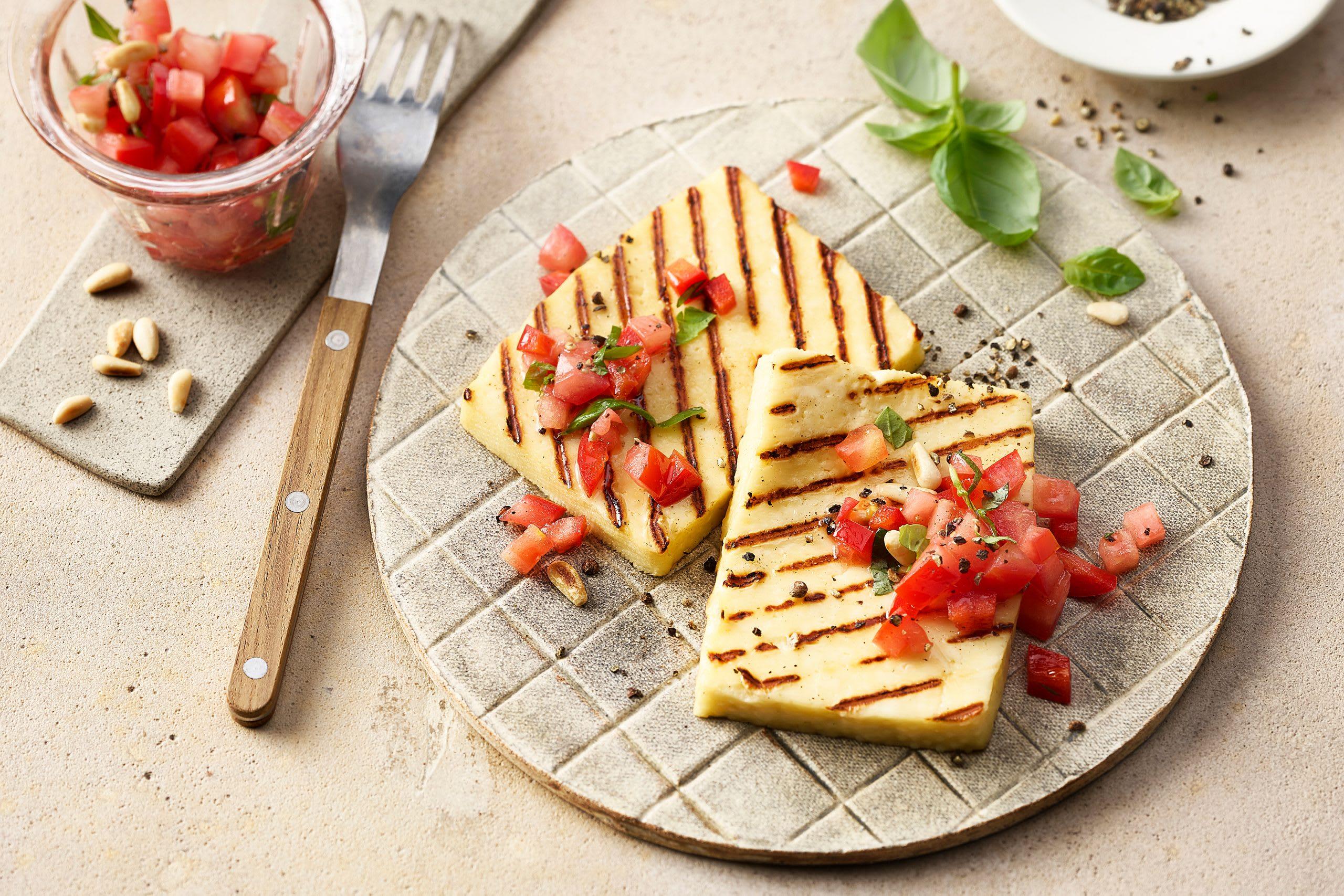 Fromage à griller et salsa rossa