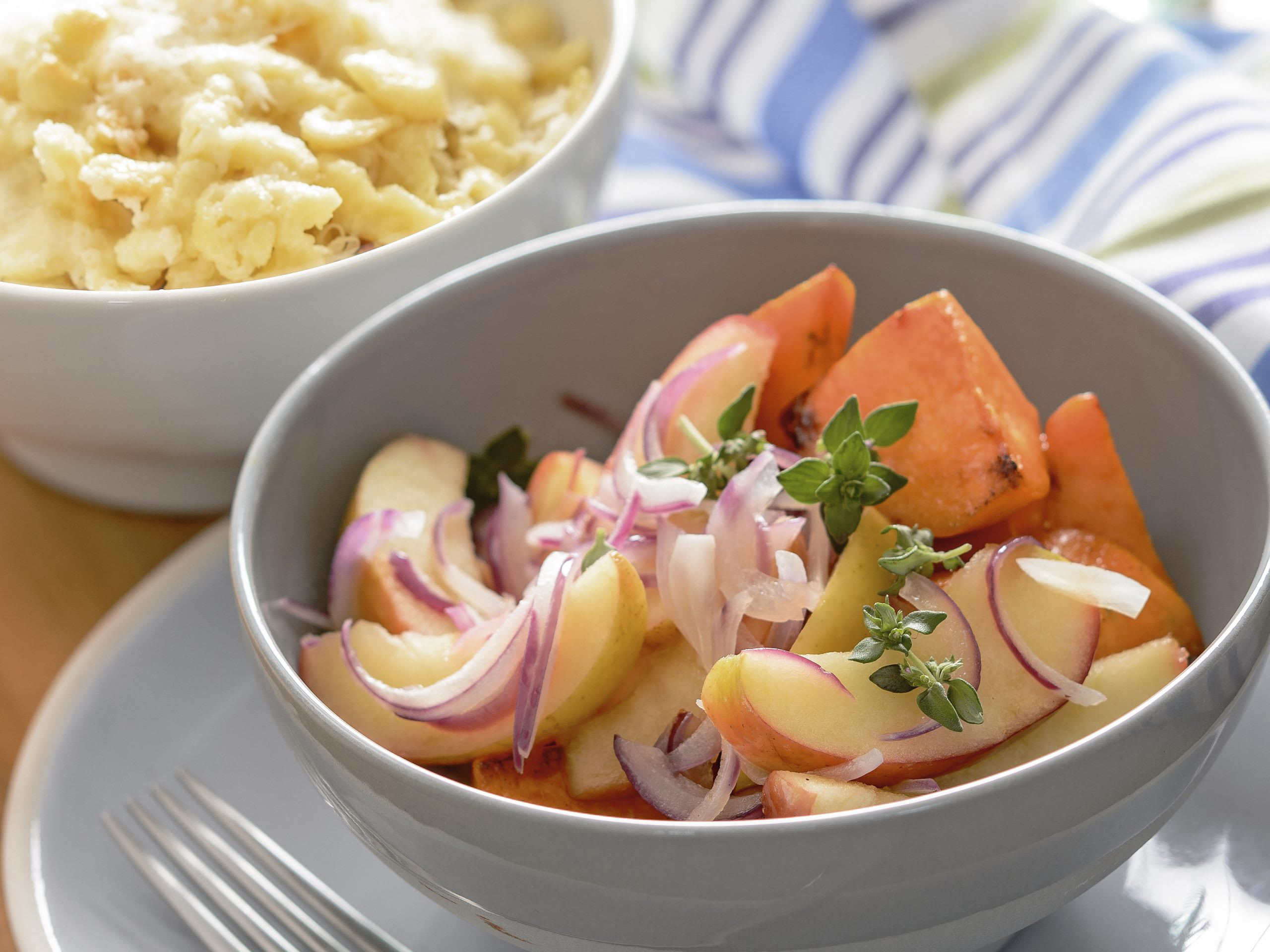 Apfel-Kürbis-Gemüse mit Käseknöpfli