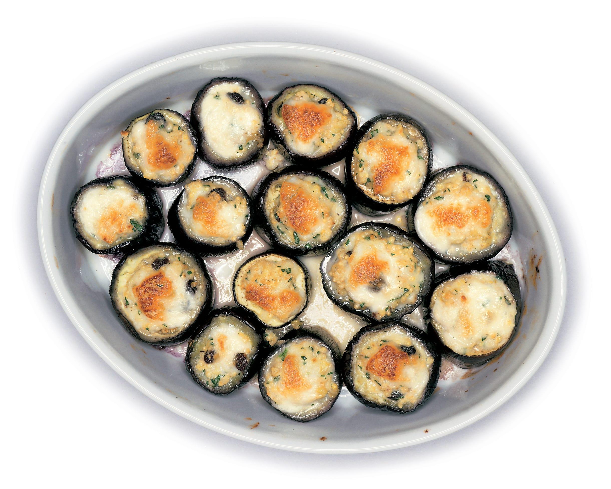 Auberginen mit Hirse-Mozzarella-Füllung