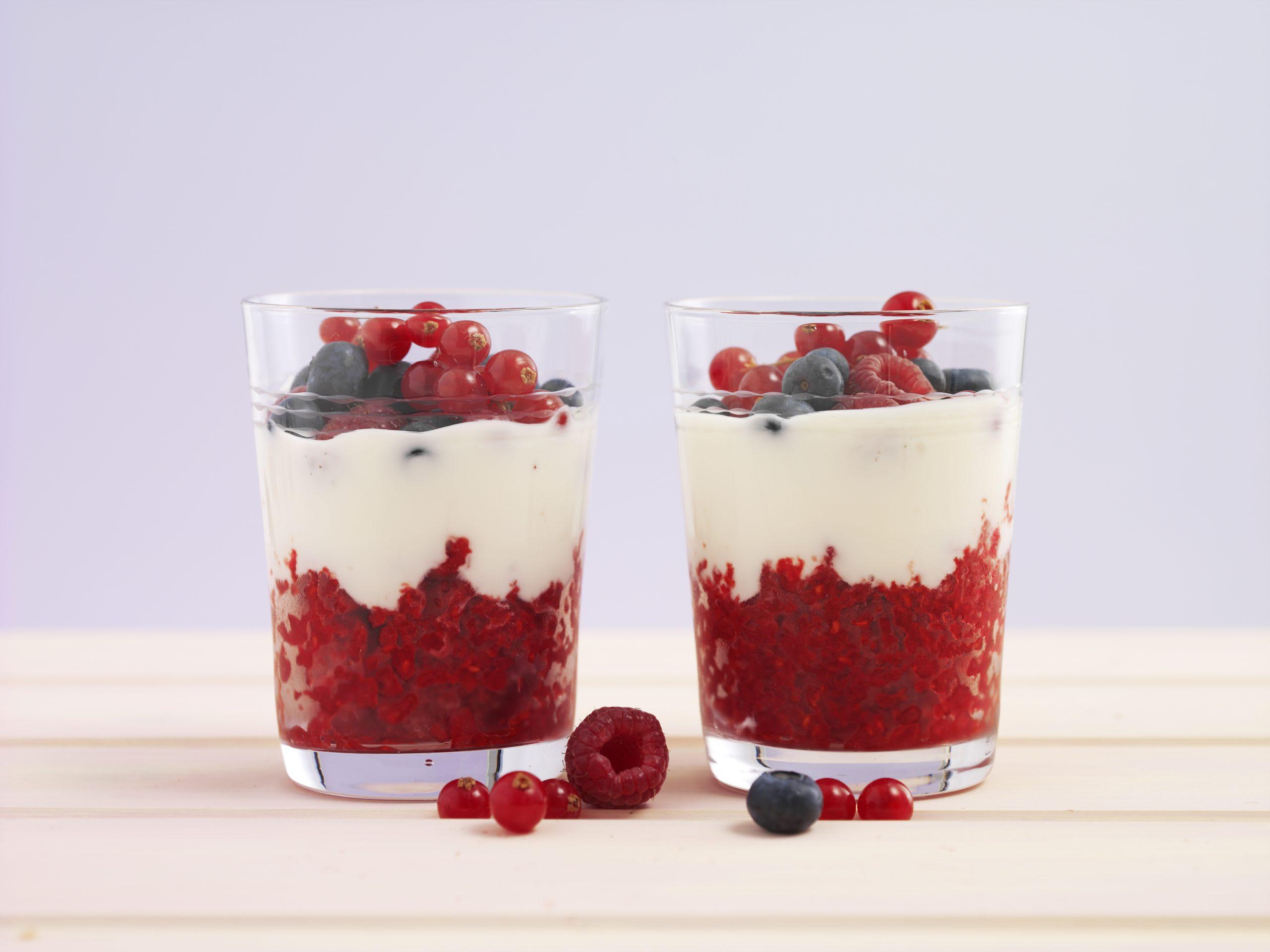 Granité aux fruits rouges et yogourt au miel