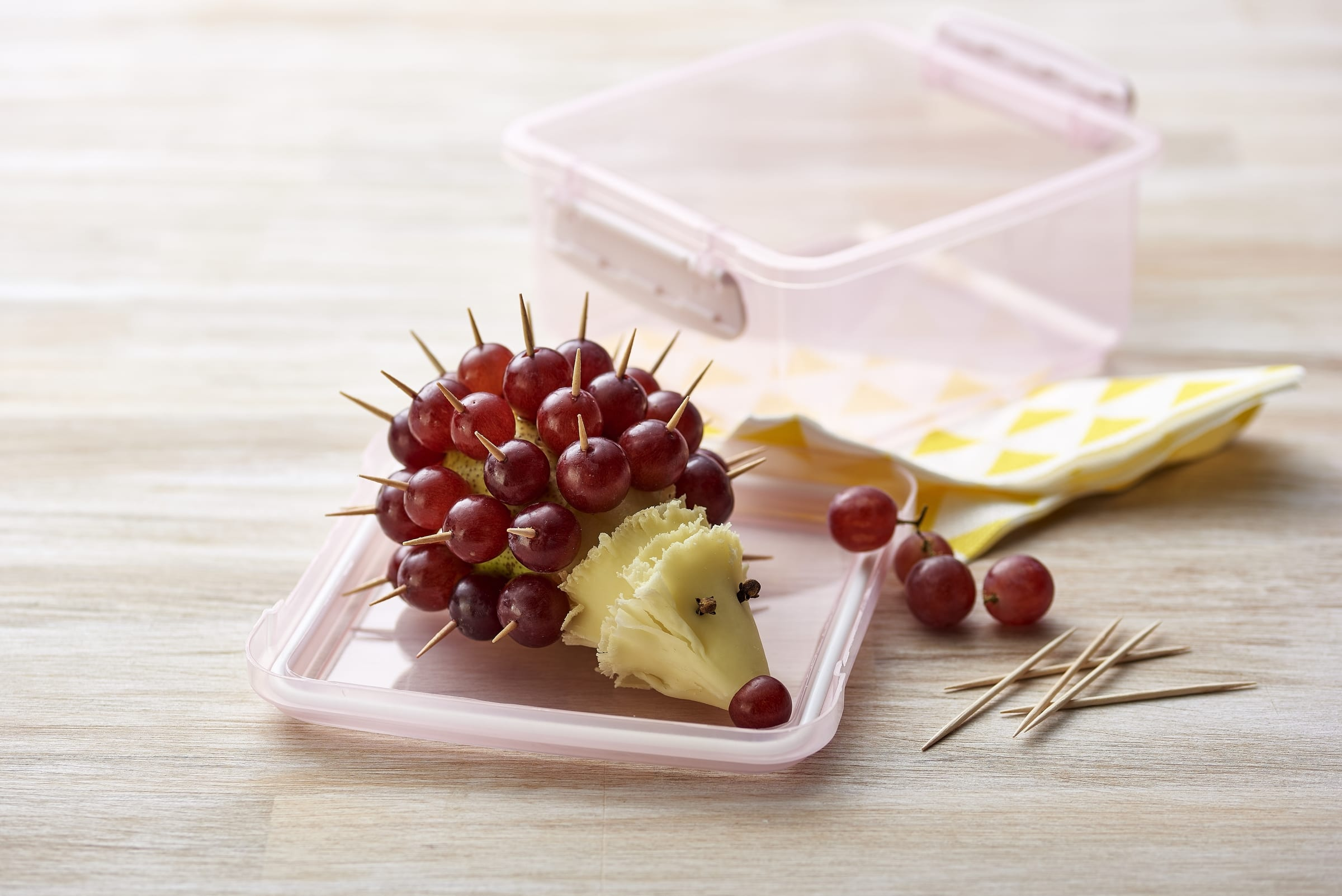 Hérisson poire-fromage-raisin
