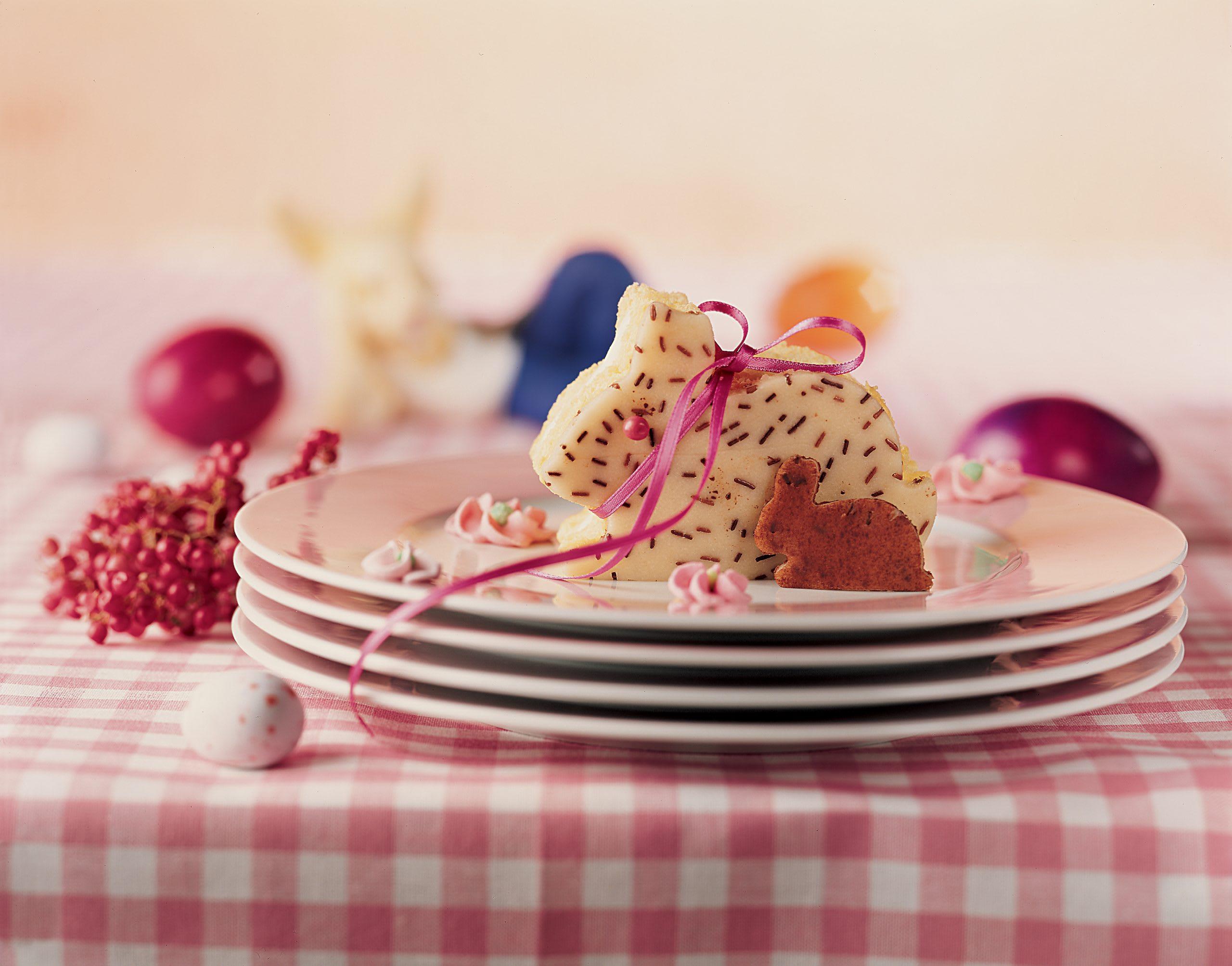 Biskuit-Hasen mit Mandelcrème
