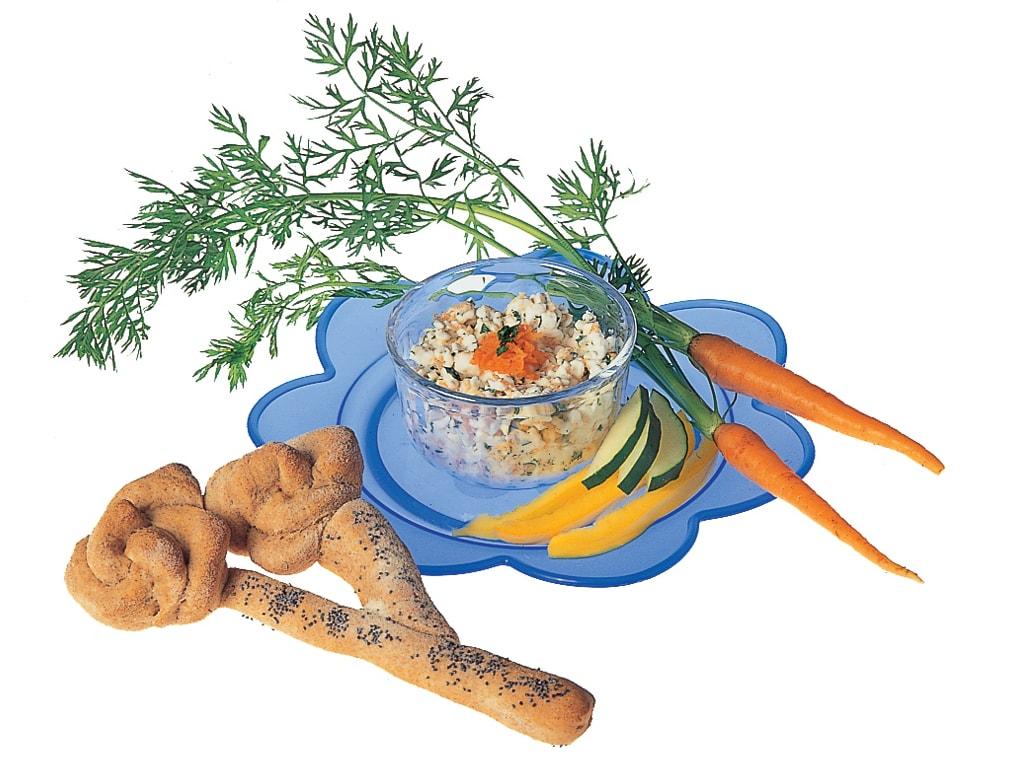 Fleurs de grissini avec cottage cheese aux carottes