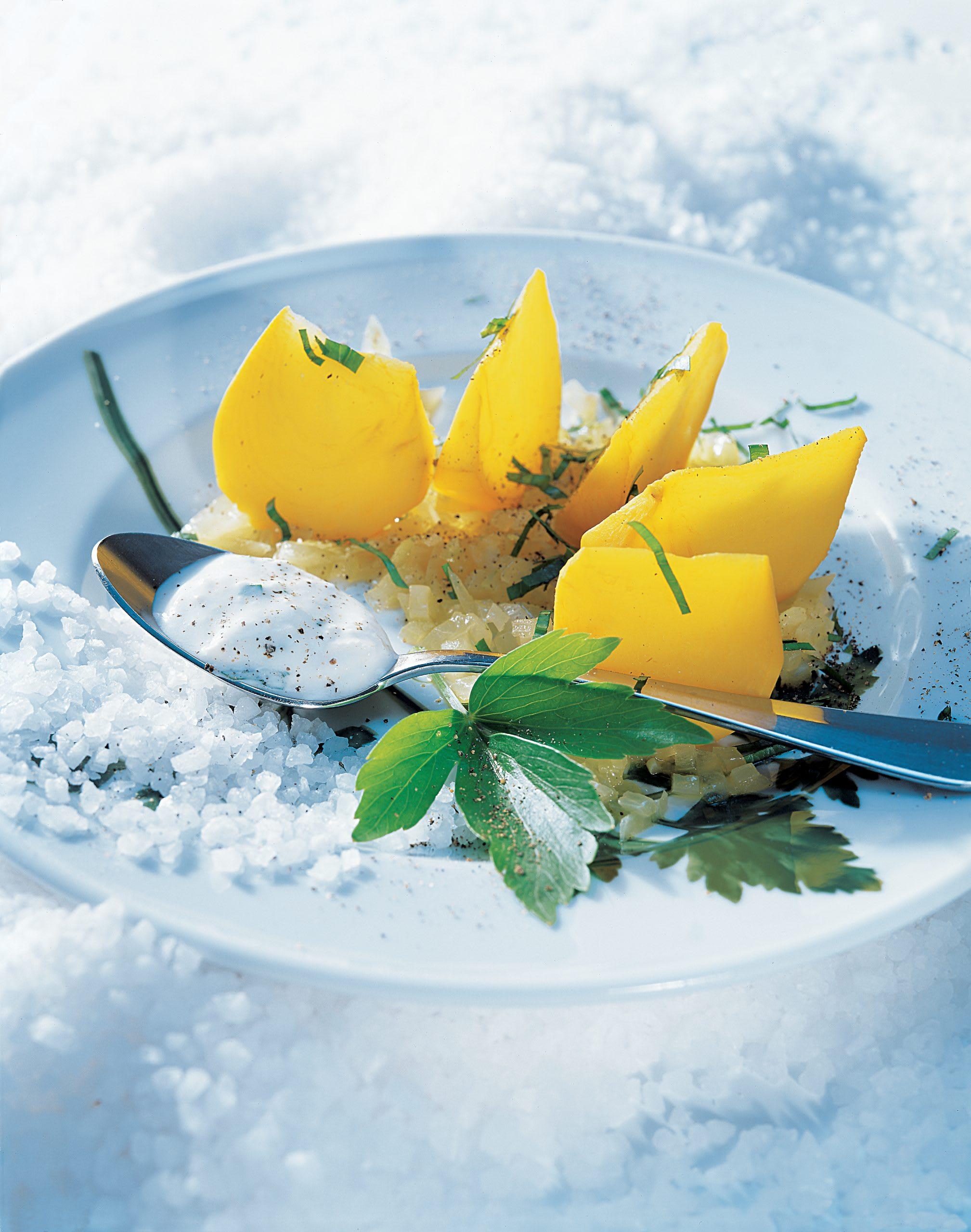 Bodenkohlrabi mit Liebstöckel-Salz