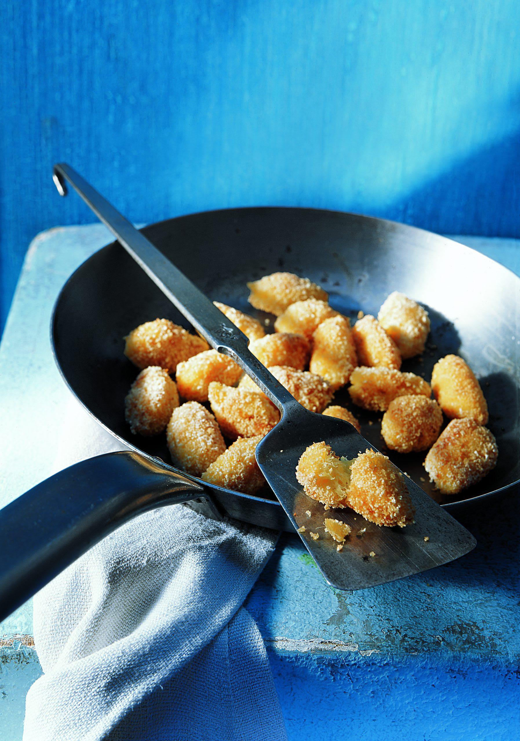 Bolinhos de Bacalhau (Fisch-Kartoffelnocken)