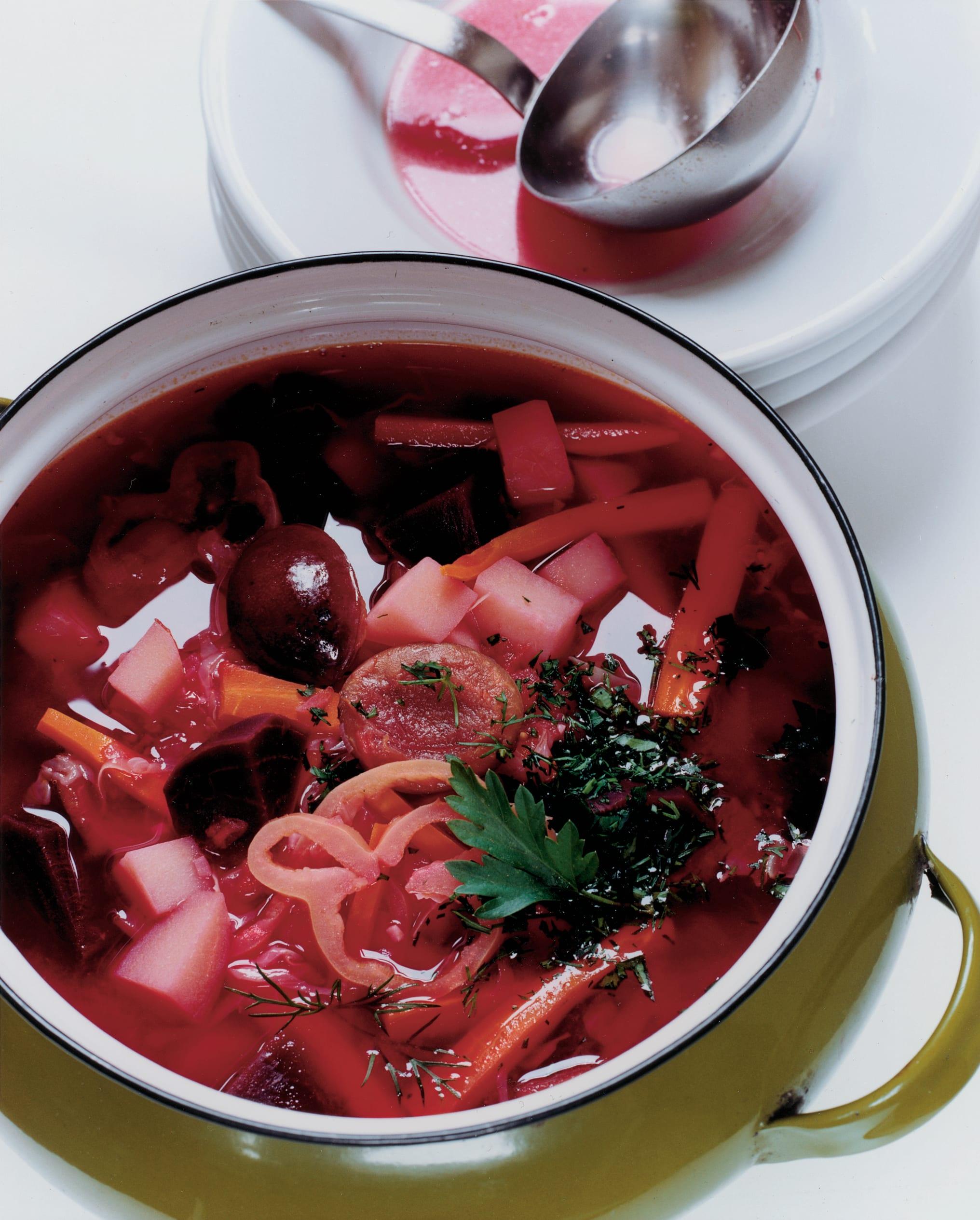 Bortsch (soupe russo-ukrainienne à la betterave)
